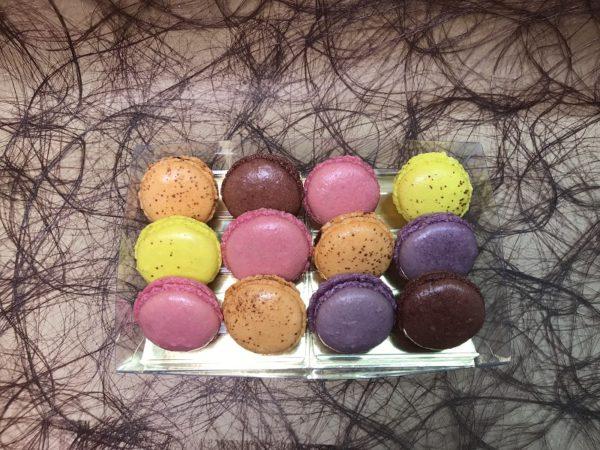 Macarons x12
